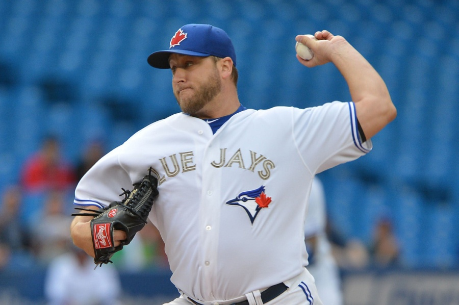 SP-JAYS27MAY TORONTO, ON - MAY 27 - Blue Jays starting pitcher Mark Buehrle delivers in the 1st inning as the Toronto Blue Jays take on the Atlanta Braves at the Rogers Centre on May 27, 2013. Carlos Osorio/Toronto Star